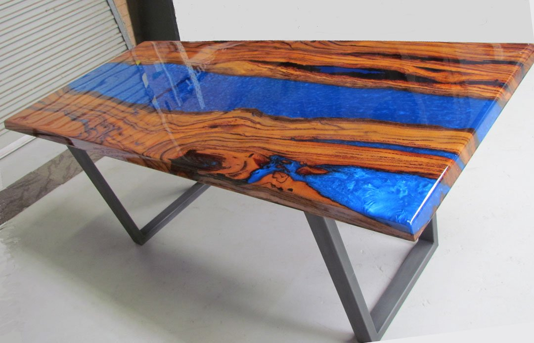 River Table Clear Casting Epoxy Resin